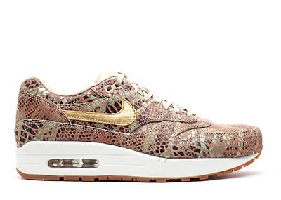 best sneakers f2bf2 67378 w s air max 1 yots qs