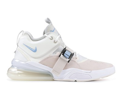 online store 9cbe7 79ffc Nike Air Force 270