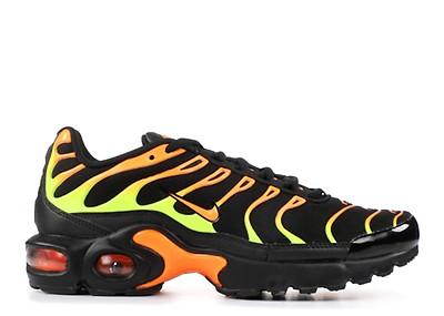 7358555587 WMNS AIR MAX PLUS TN SE - Nike - aq9979 001 - black/volt-solar red ...