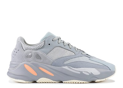 sports shoes d3276 6c7cf yeezy boost 700