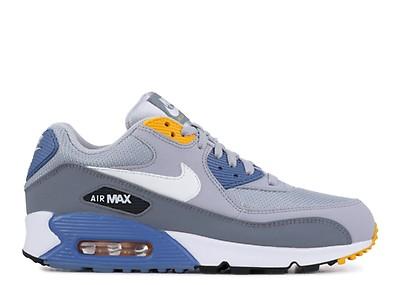reputable site 6ee1f e8510 Nike Air Max 90 Essential