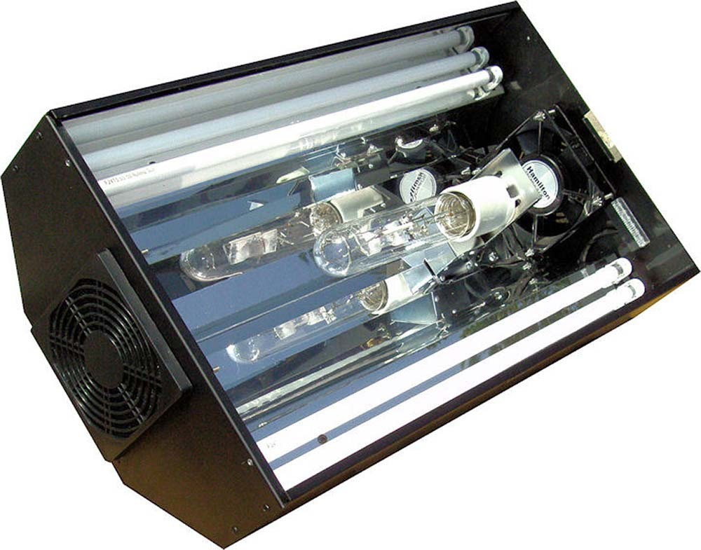 Hamilton Cebu Sun Lighting System - 24 Inch 1 x 250 Watt 10,000K Metal Halide and 4 x 24 Watt T5 HO Actinics