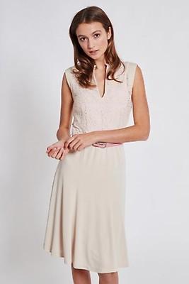 a7db24eb40ac98 Extravagante, schicke & festliche Kleider » Ana Alcazar