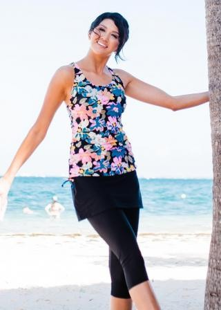 Maya Swim Top With Skirted Swim Capris