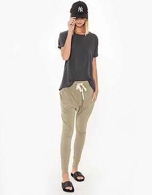 2e1fd8fc0d2a Womens Slouch Jersey Pant III - Black - Superette