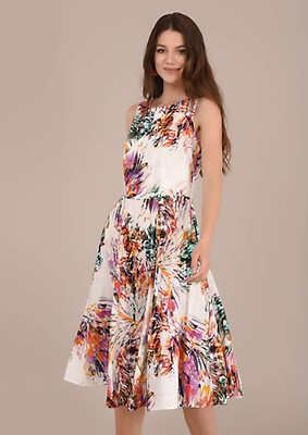 7c1f01c99f V-Neck Brush Stroked Handkerchief Dress