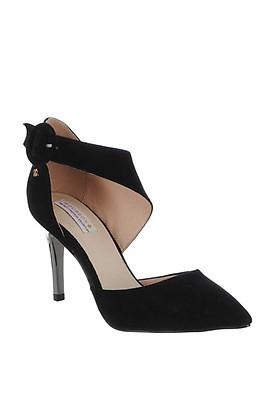 0b7bc9772bf Amy Huberman Beautiful Girls Court Shoes, Black | McElhinneys