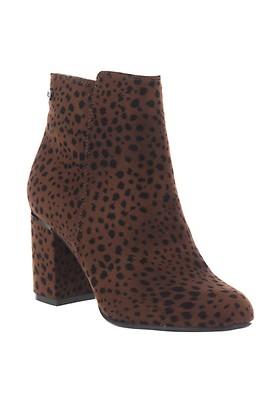 f846b8f7b5e Boots | McElhinneys