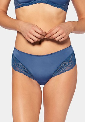 Triumph Beauty-Full Basics String Blau EU 38 40 42 44 GB 10 12 14 16