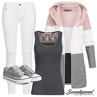 Styleboom Fashion Damen Bandeau Jumpsuit 2 Taschen navy blau weiss ... d5c9fa204d