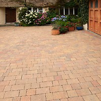 Brett Lugano Block Paving Mixed Size Pack 8 47m2 Pack of 378 - Misty